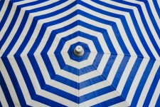 Square vs Octagonal Umbrella: Which One Is Better?